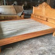 giường ngủ gỗ gõ